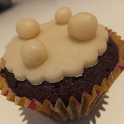 Chocolate 'simnel' cupcakes