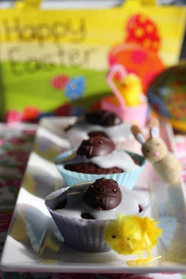 Delicious cupcakes that are a fruit free alternative to simnel cake. The kids love them!