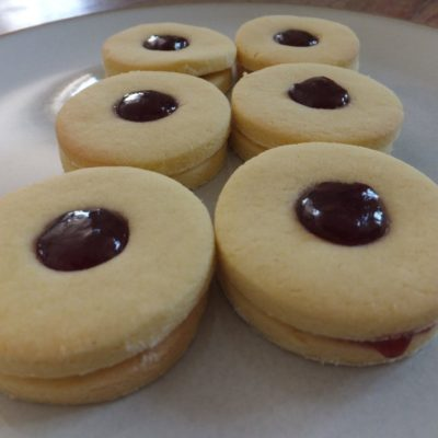 Jammie Dodgers: Birthday Baking And My New Favourite Biscuit!