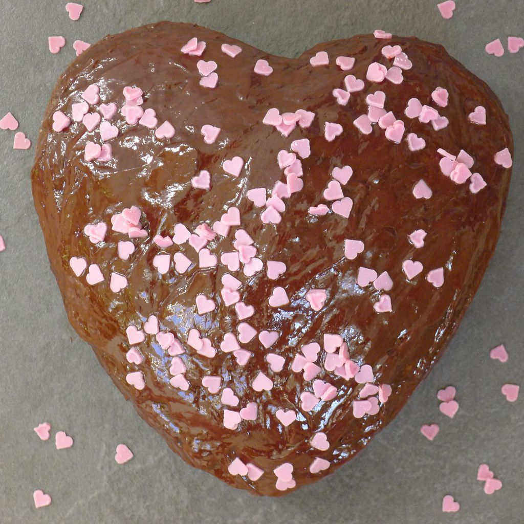 Heart shape cake for celebrations