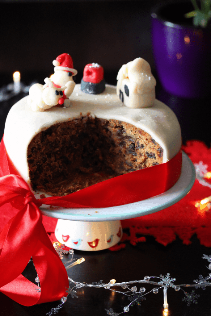 The most delicious, moist gluten free Christmas cake recipe you'll find. Loved by everyone. #glutenfree #bestchristmascake #glutenfreechristmascake #dairyfreechristmascake #freefromfairy #fairyflour