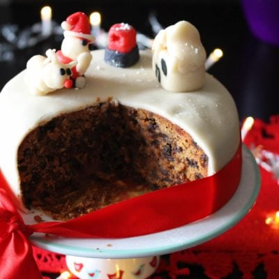 Gluten free Christmas cake that can be made dairy free too. This Christmas cake is very easy to make and tastes incredible. #glutenfree #Christmascake #glutenfreeChristmas #freefromfairy #fairyflour