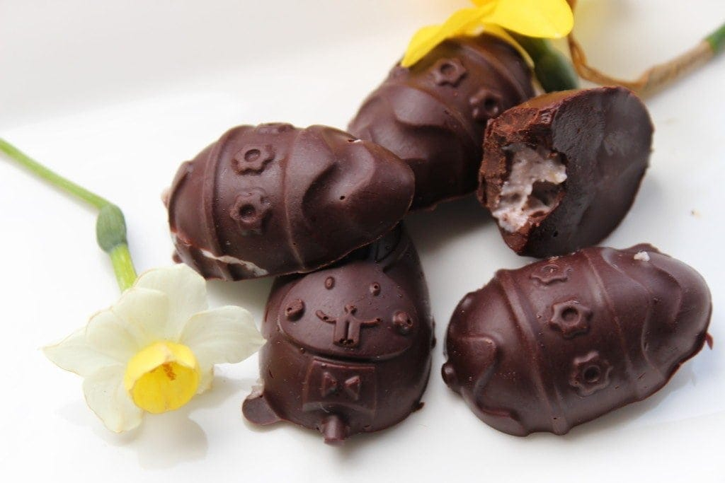 Healthy chocolates for fondant filled healthy Easter treats #sugarfree #dairyfree #glutenfree #vegan #healthychocolate #healthyEasterTreats freefromfairy.com