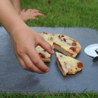 Free From Frying Pan Pizza Recipe – Perfect For Camping