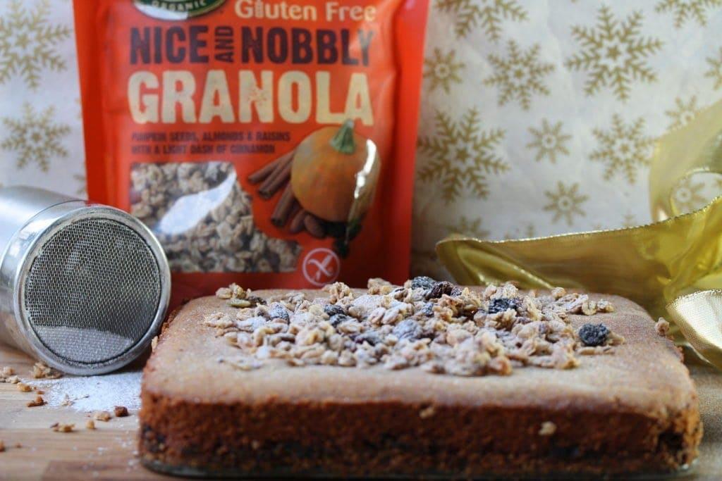 Simple Christmas gluten-free and vegan treat: Mincemeat granola slice