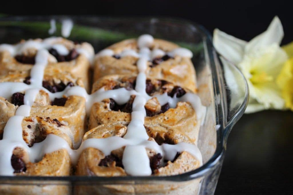 Hot Cross Bun Chocolate Rolls...a delicious healthy Easter treat made from the Free From Fairy's wholesome gluten free flour. #Easter #hotcrossbun #glutenfree https://freefromfairy.com