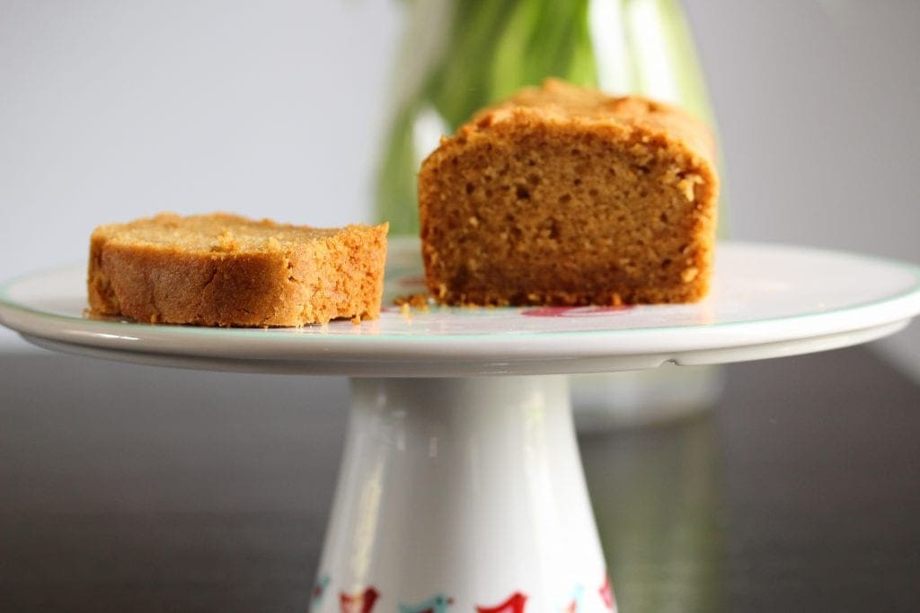 A simple free from and vegan orange cake...made using wholegrain gluten free self raising flour from the Free From Fairy. Gluten-free, Dairy-free, Egg-free, Nut-free, Soya-free, Refined Sugar-free
