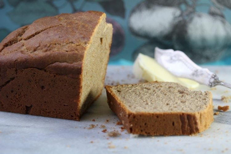 Simple Gluten & Dairy Free Banana Cake With No Sugar