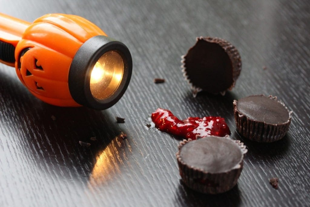 Get the simple recipe for spooky raspberry (blood) dark chocolates for Halloween. They're gluten-free, dairy-free, egg-free, nut-free, soya-free and refined sugar-free so everyone can enjoy and indulge!