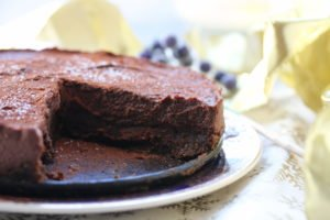 Baileys chocolate cheesecake. This vegan and gluten-free cheesecake is perfect any time of the year but why not try it for Christmas?