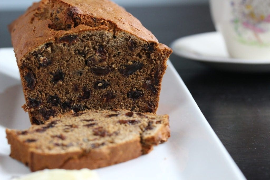 Delicious #freefrom Barm Brack...a traditional Irish fruit bread recipe that can be made in 5 minutes. #glutenfree #vegan