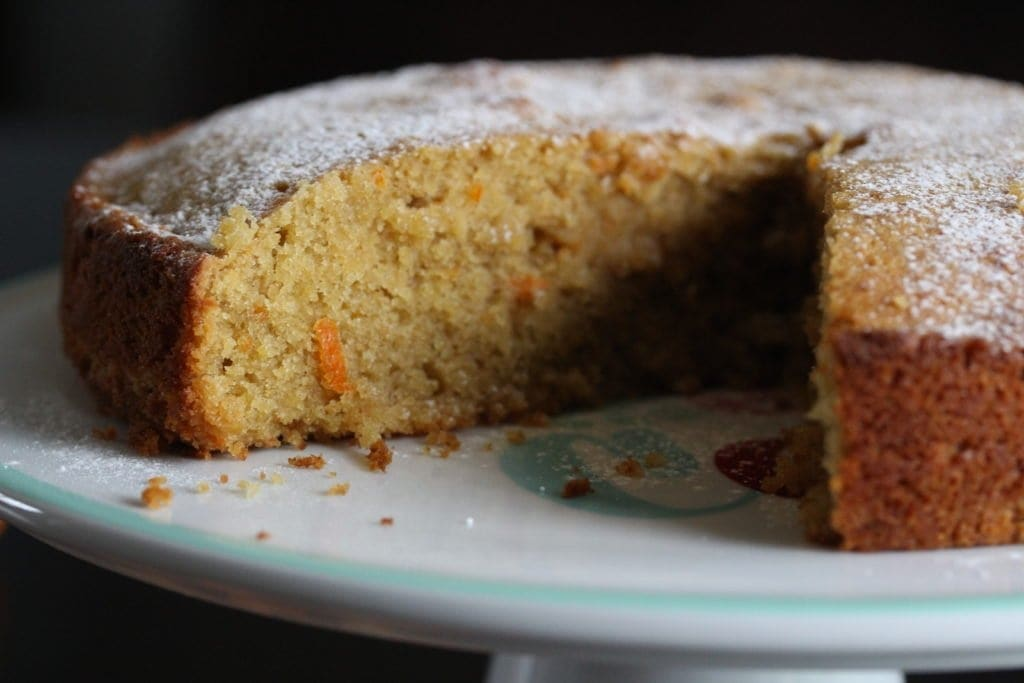 Whole orange and almond cake and it's gluten-free! Made with the Free From Fairy's wholegrain gluten-free self raising flour blend.
