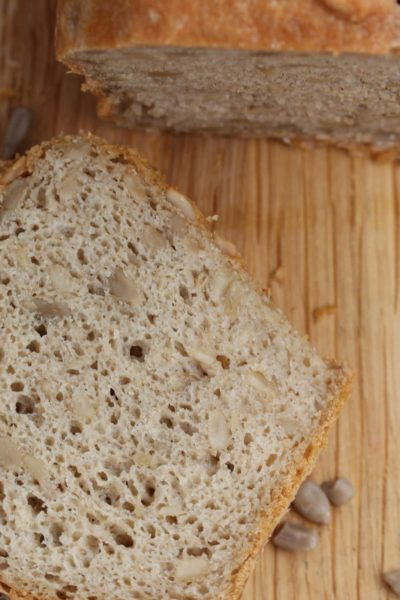 Gluten free bread made with the Free From Fairy's wholegrain gluten free flour blend. #glutenfree #glutenfreeflour #glutenfreebread #glutenfreebreadrecipe #easyglutenfreebreadrecipe