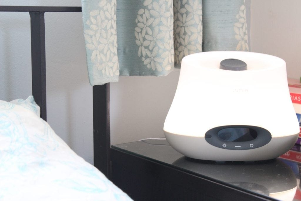 Win a Lumie Bodyclock Iris 500 so that you can wake up and go to sleep in the best possible way with gentle light therapy and aromatherapy combined #Lumie #lumielight #lighttherapy #aromatherapy #lighttherapyalarm