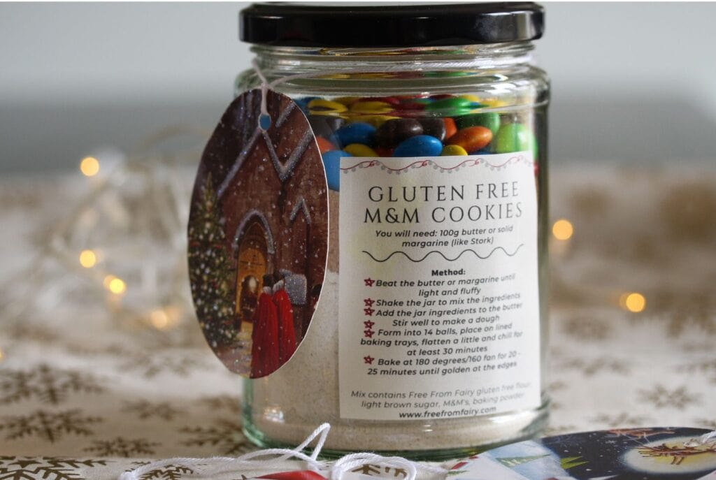 Make cookies in a jar as a cheap and thoughtful gift