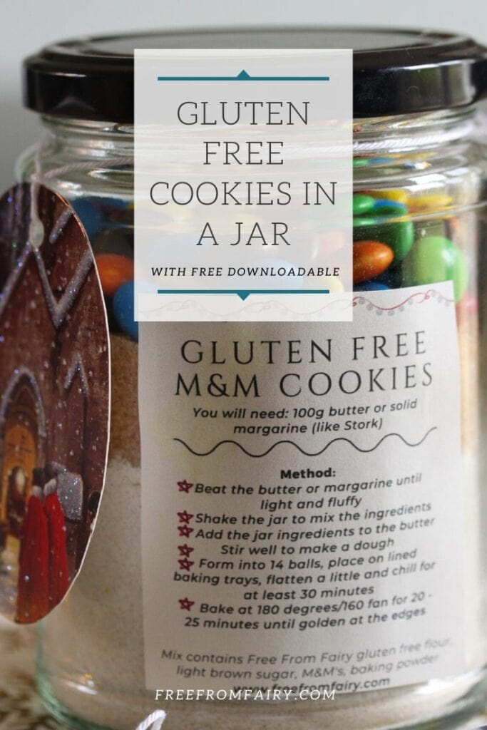 Make this gluten free cookies in a jar as the perfect homemade edible gift any time of year. #glutenfree #glutenfreecookies #glutenfreegift #cookiesinajar #freefromfairy #ediblechristmasgifts